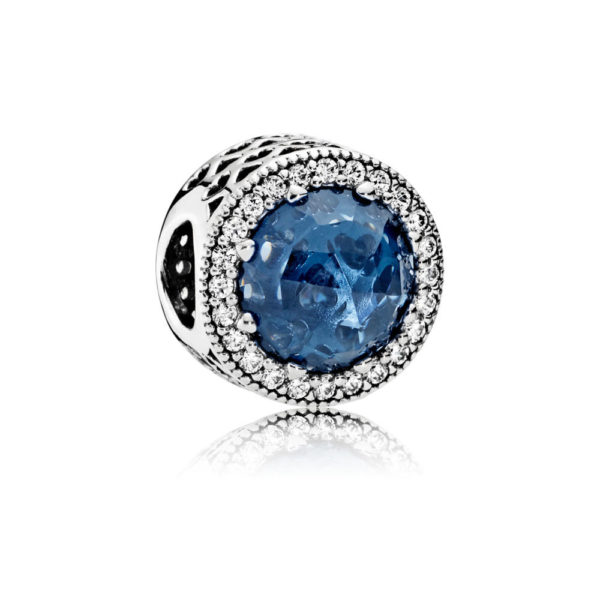 791725nmb midnight blue radiant hearts charm