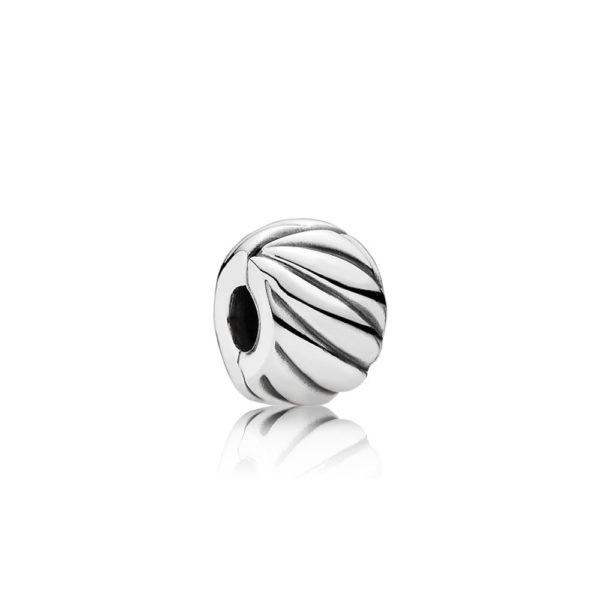 791752 Pandora Feathered Clip