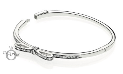 590536cz-sparkling-bow-bangle
