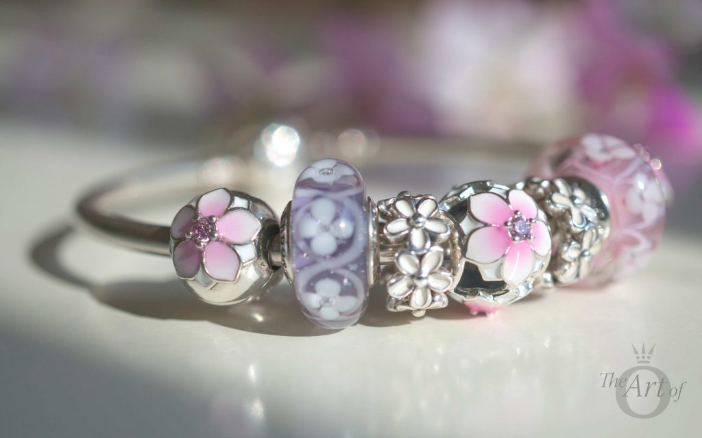 Review Pandora Magnolia Bloom Clips Amp Charm The Art Of