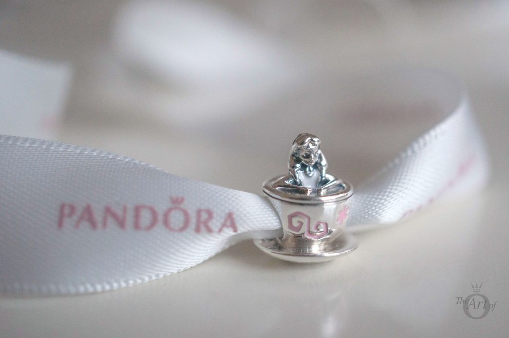 disney park exclusive pandora charms dumbo
