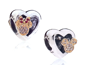 pandora disney limited edition love icon autumn winter november free clutch promotion gwp uk us