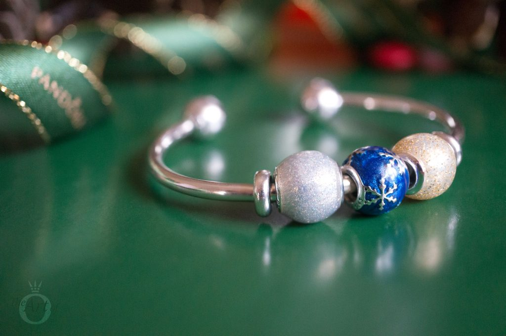 4237cacf9 796357EN63 pandora wintry delight 796361NCB PANDORA royal blue galaxy charm  B800647 pandora 796463CZ Disney Mickey Minnie