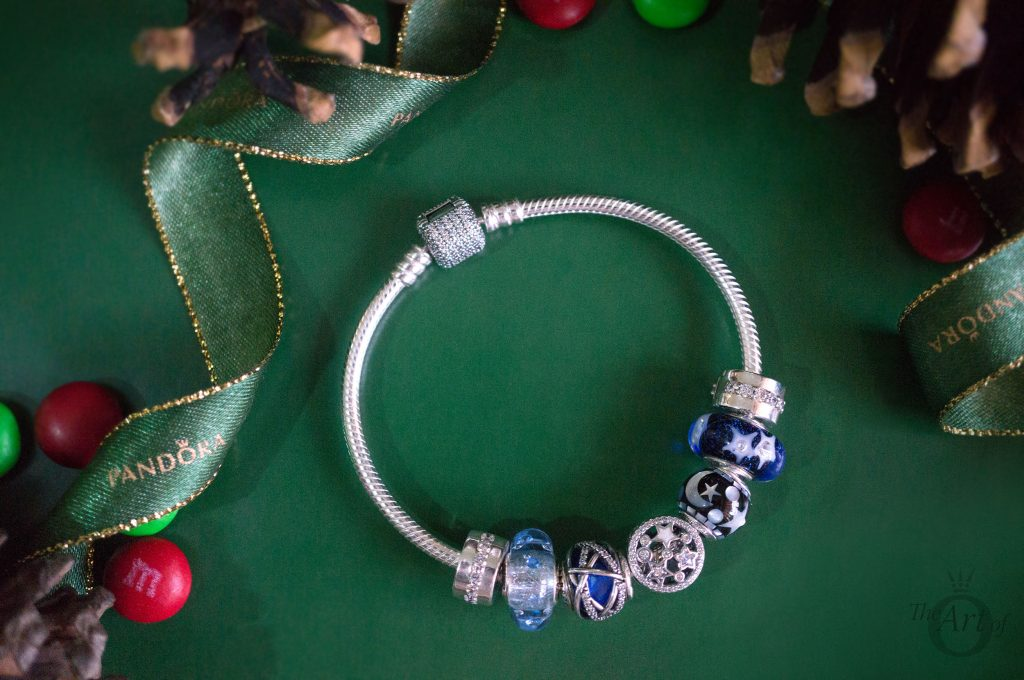 796373CZ pandora illuminating stars charm 796357EN63 pandora wintry delight 796361NCB PANDORA royal blue galaxy charm B800647 pandora 796463CZ Disney Mickey Minnie Love Icons Charm limited edition free gift clutch bag winter 2017 2018 valentines day summer spring autumn the official pandora uk estore us usa america best christmas gift popular top ten becharming becharming.com 796361NCB PANDORA royal blue galaxy charm