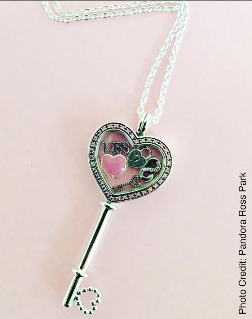 Hot Selling Pink Heart Necklace With Ce Certificate  Buy