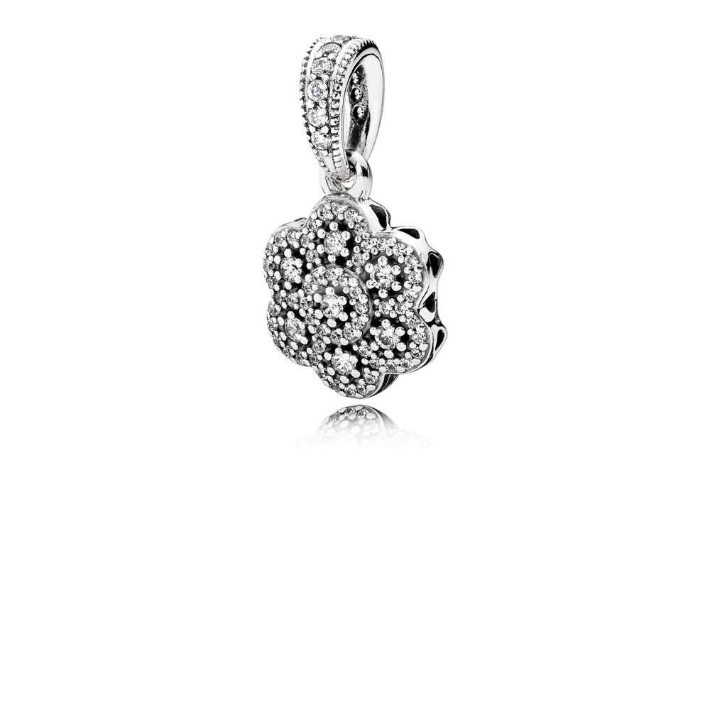 390392CZ crystallised floral pendant