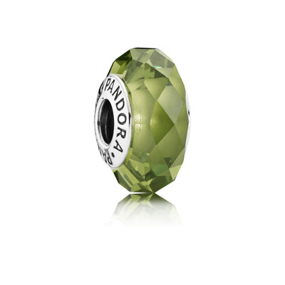 791729NLG Pandora Fascinating Olive Crystal Murano Charm