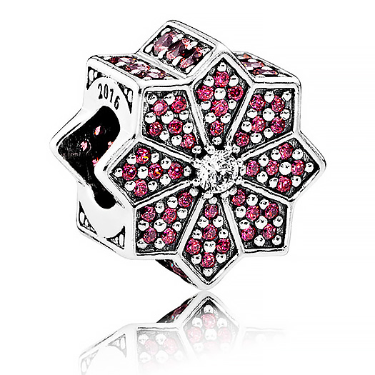 791989 pandora Poinsettia charm black friday 2016
