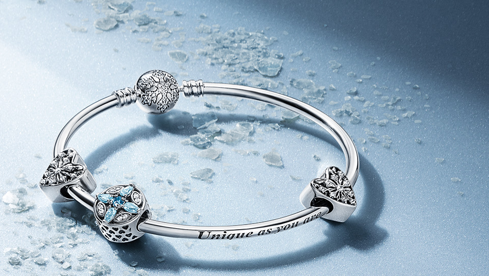 Introducing The Pandora Christmas Collection The Art Of