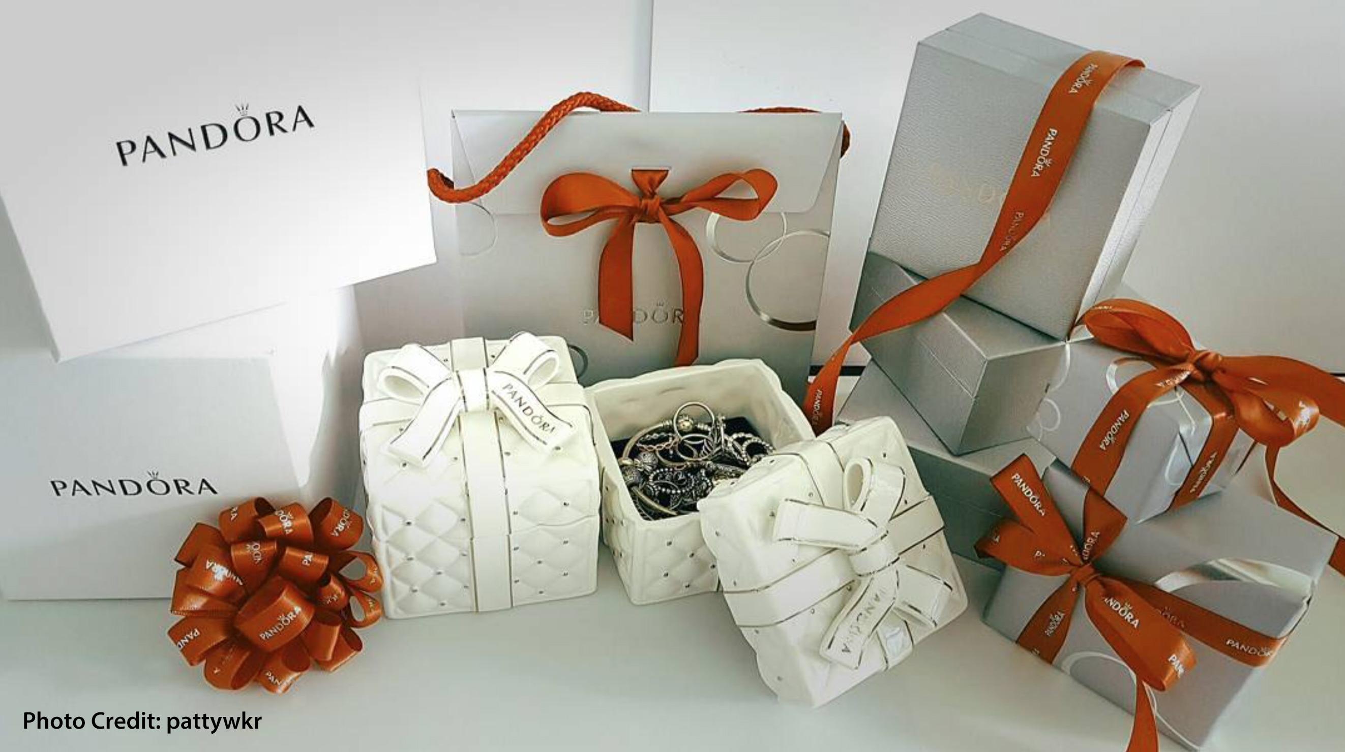 pandora asian exclusive christmas ceramic jewellery box