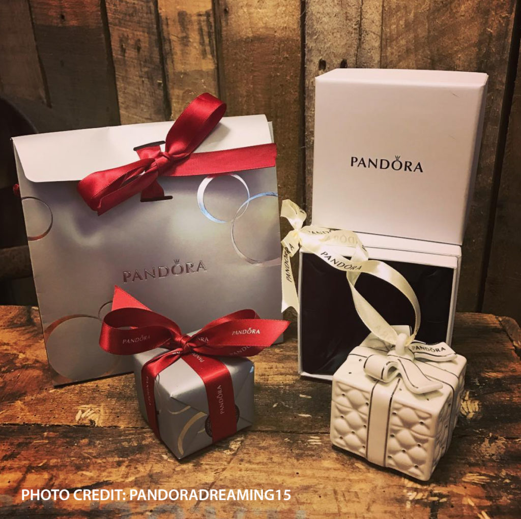 pandora-christmas-ornament-2