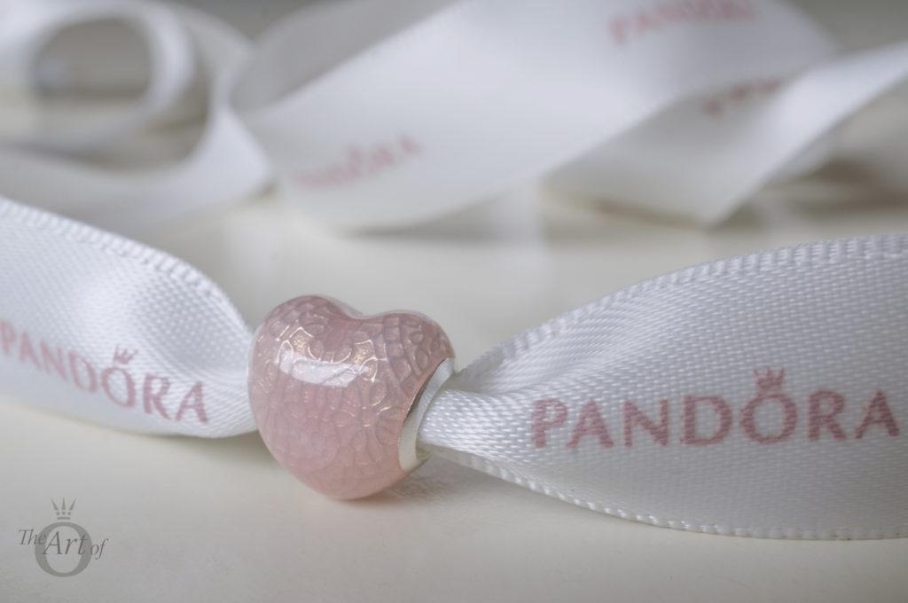 theartofpandora-792044ENMX-Bow-Lace-Heart-3