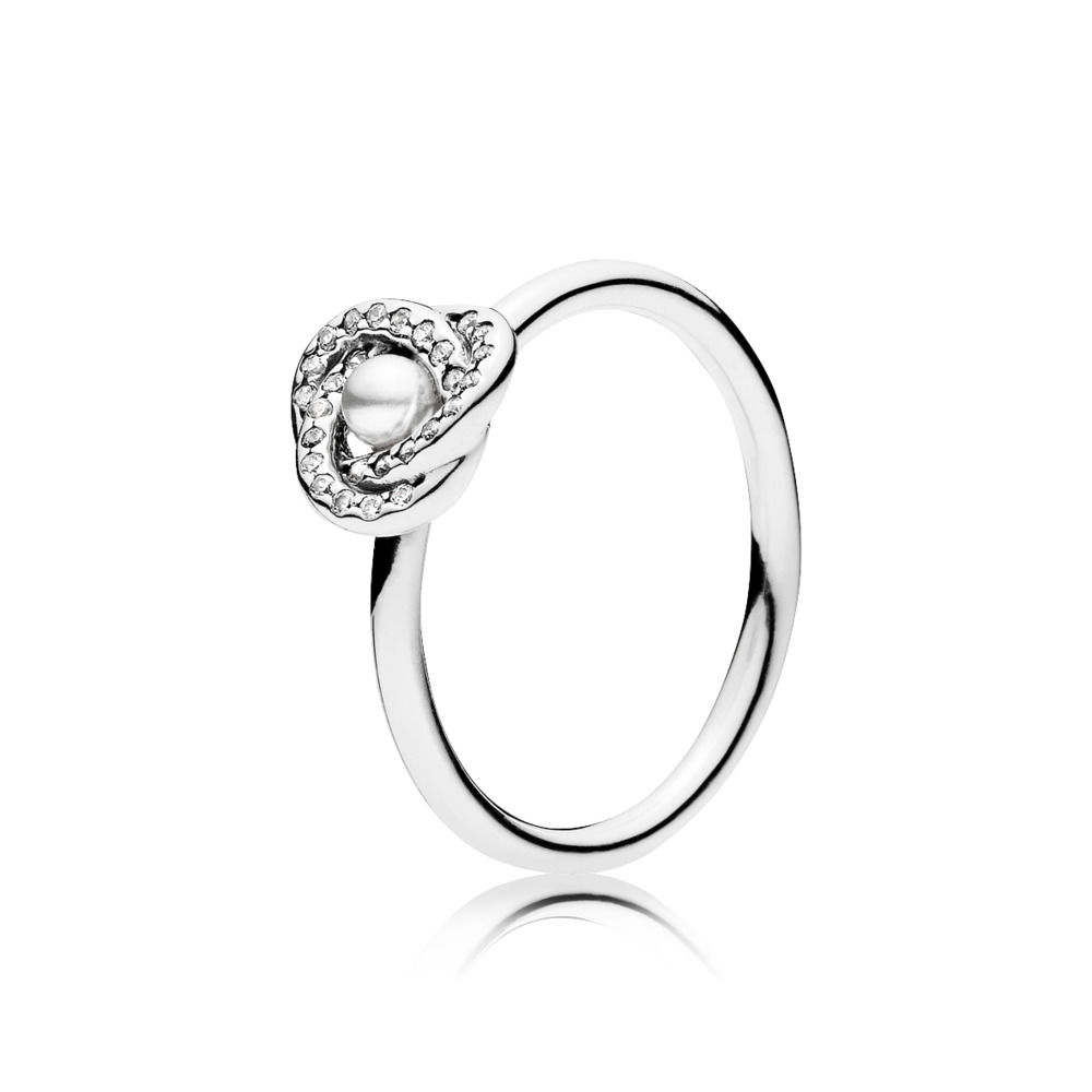 LUMINOUS LOVE KNOT RING