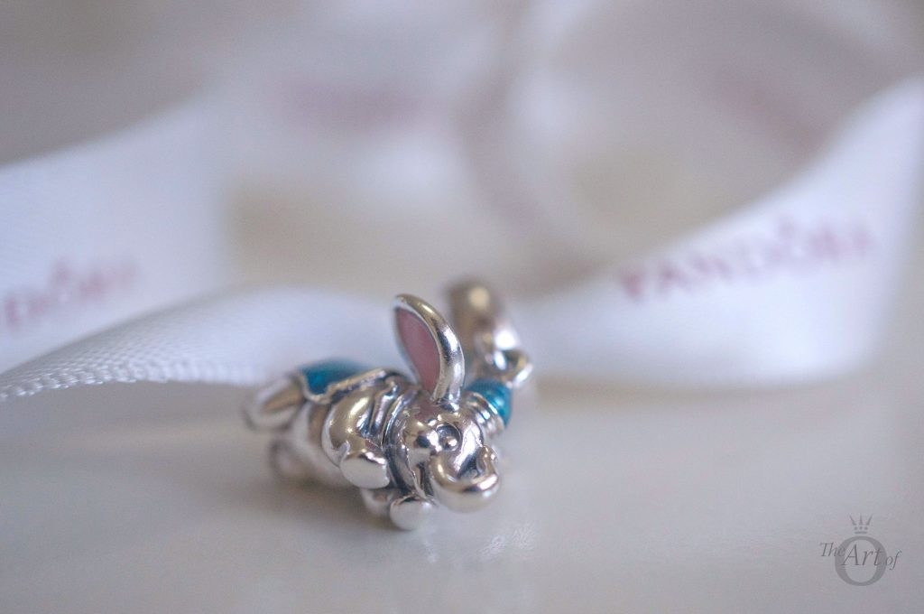 792124ENMX pandora disney parks flying dumbo summer 2017 spring winter autumn