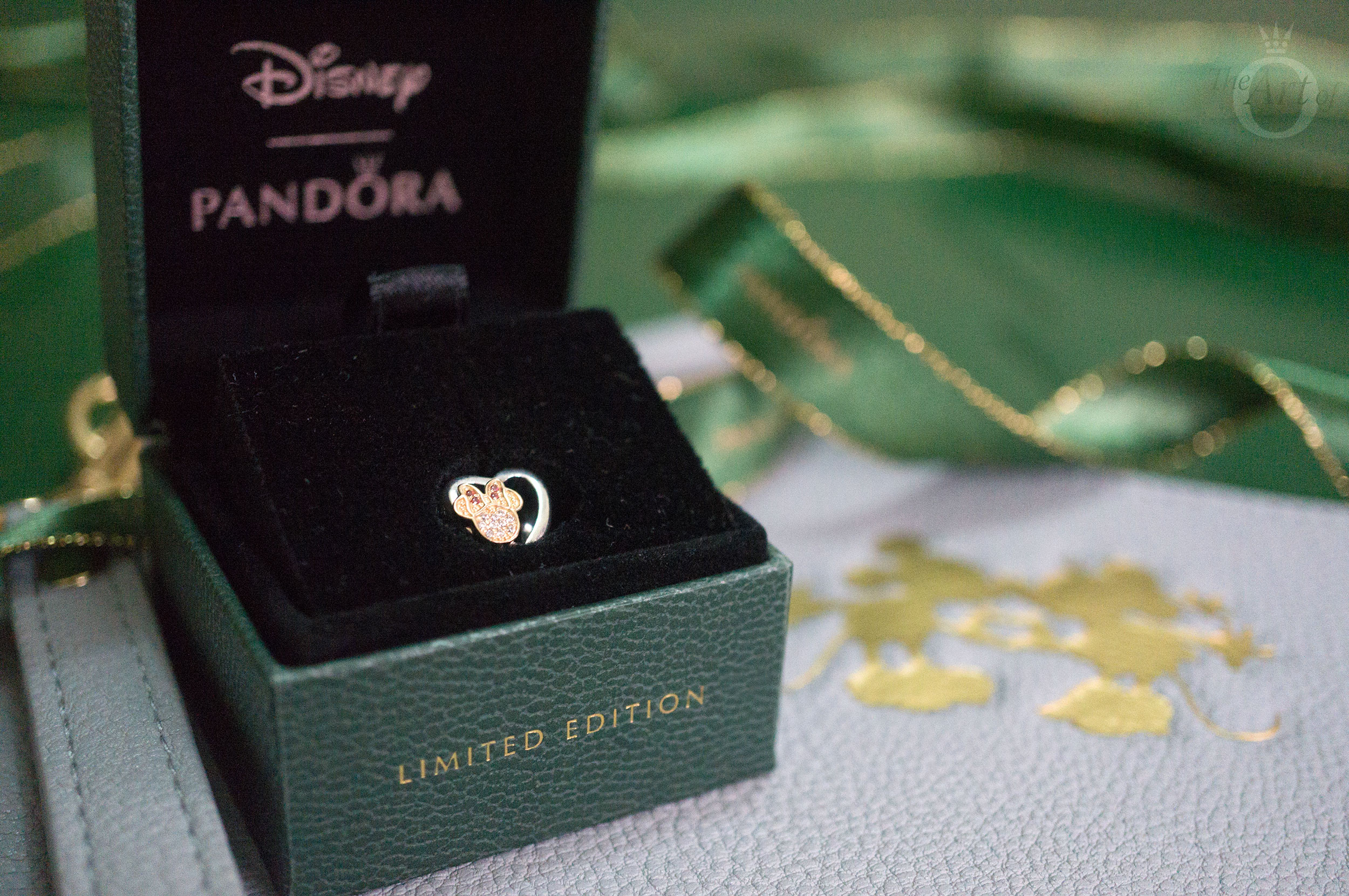 5e18fffb4 REVIEW: Limited Edition PANDORA Disney Mickey & Minnie Love Icon Charm. ""