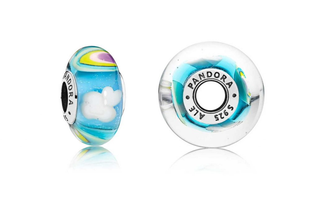 797013 Iridescent Rainbow Murano Glass Charm