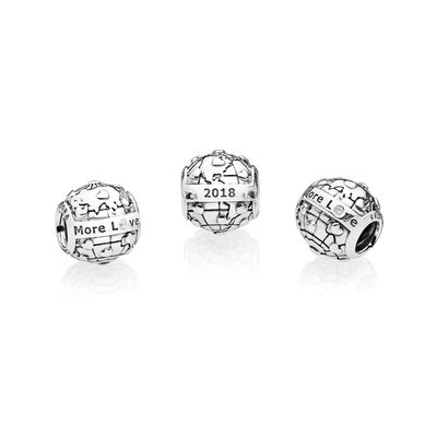 Pandora 2018 Club Charm Review Official Images