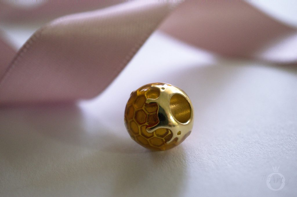 pandora shine golden honey charm