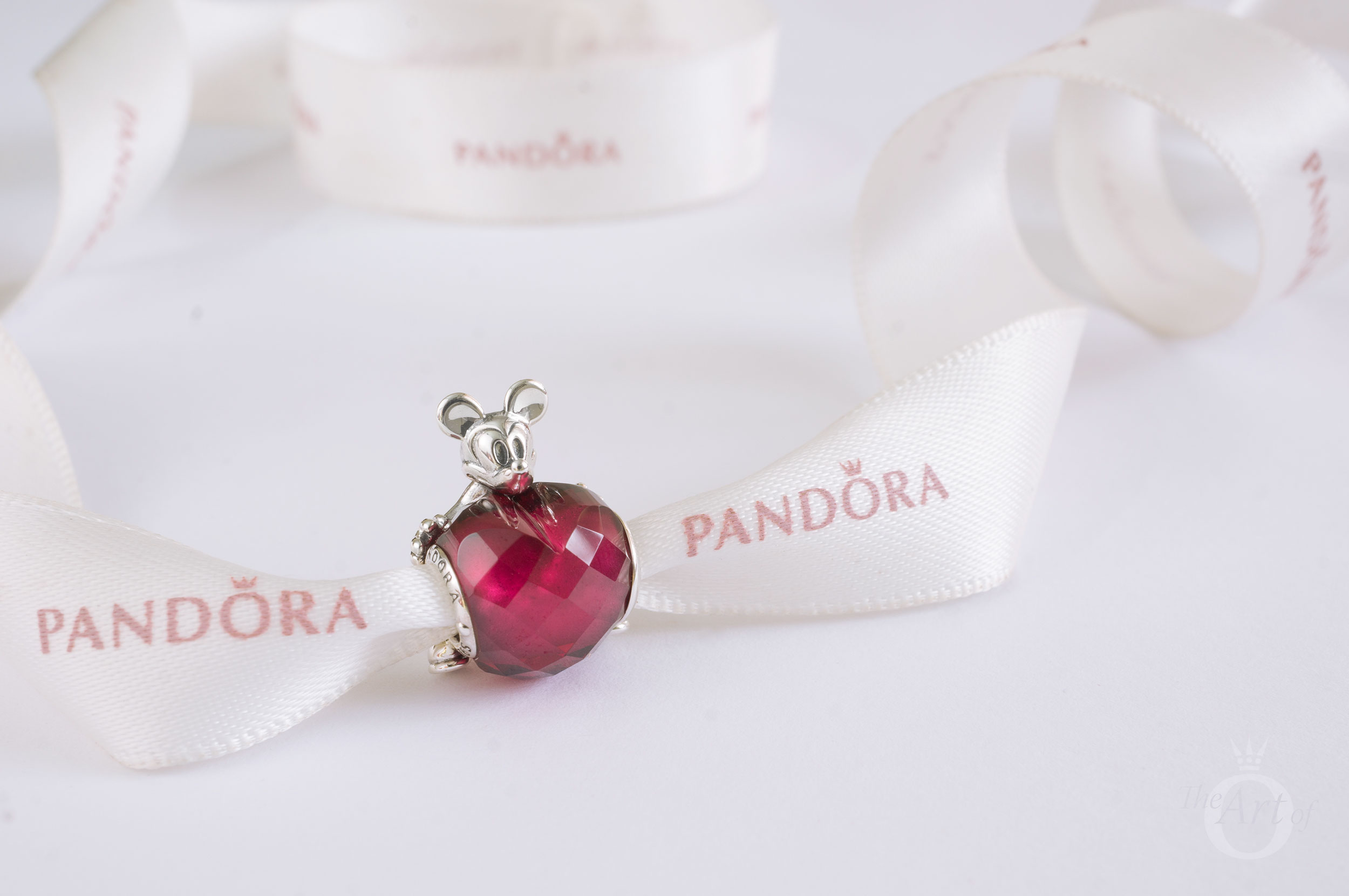 2590749d1 REVIEW: PANDORA Disney Mickey Love Heart Charm - The Art of Pandora ...