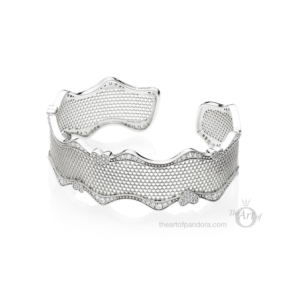 PANDORA Lace of Love Bracelet Cuff /Bangle (597704CZ)