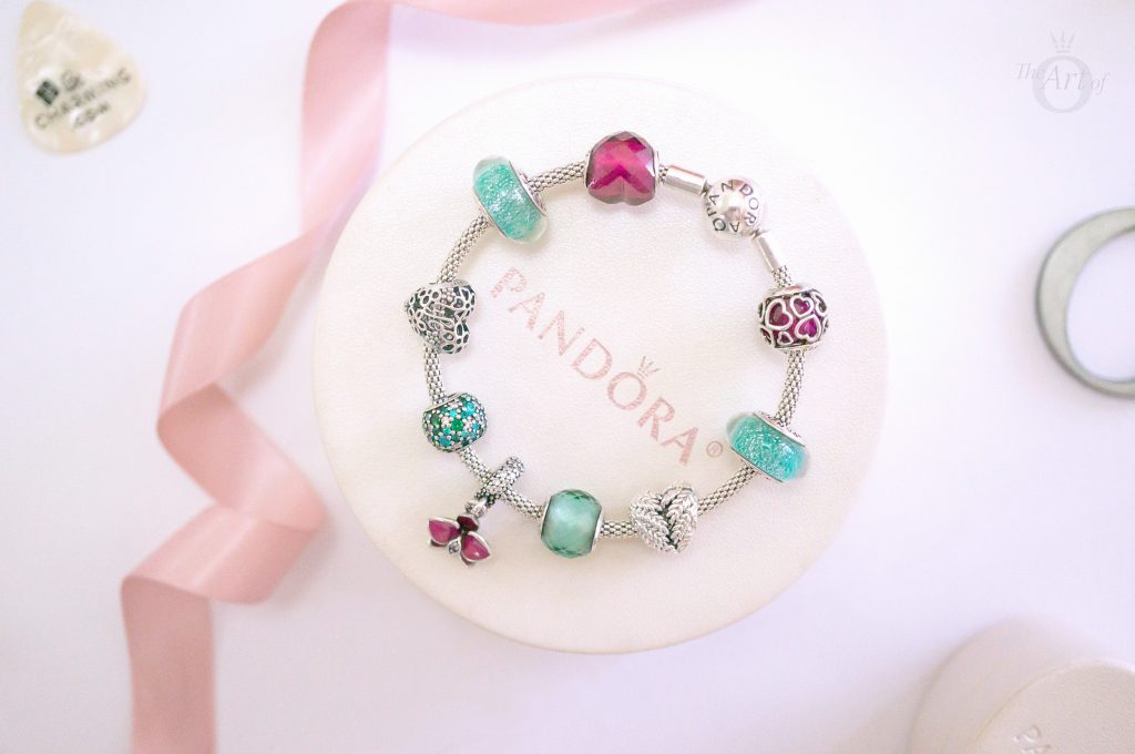 pandora winter autumn 2018 new collection free ornament review 2019 gift love valentine's day summer spring christmas present becharming becharming.com pandora blog blogger the official pandora