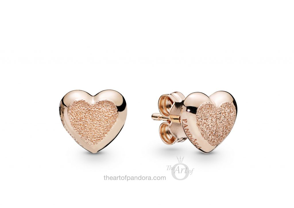 287928 PANDORA Matte Brilliance Heart Earrings Spring 2019