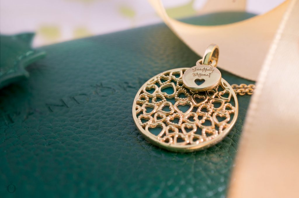 368154GMU Pandora Shine Beautifully Different Leftover Glass Murano Green Pendant UK exclusive limited edition