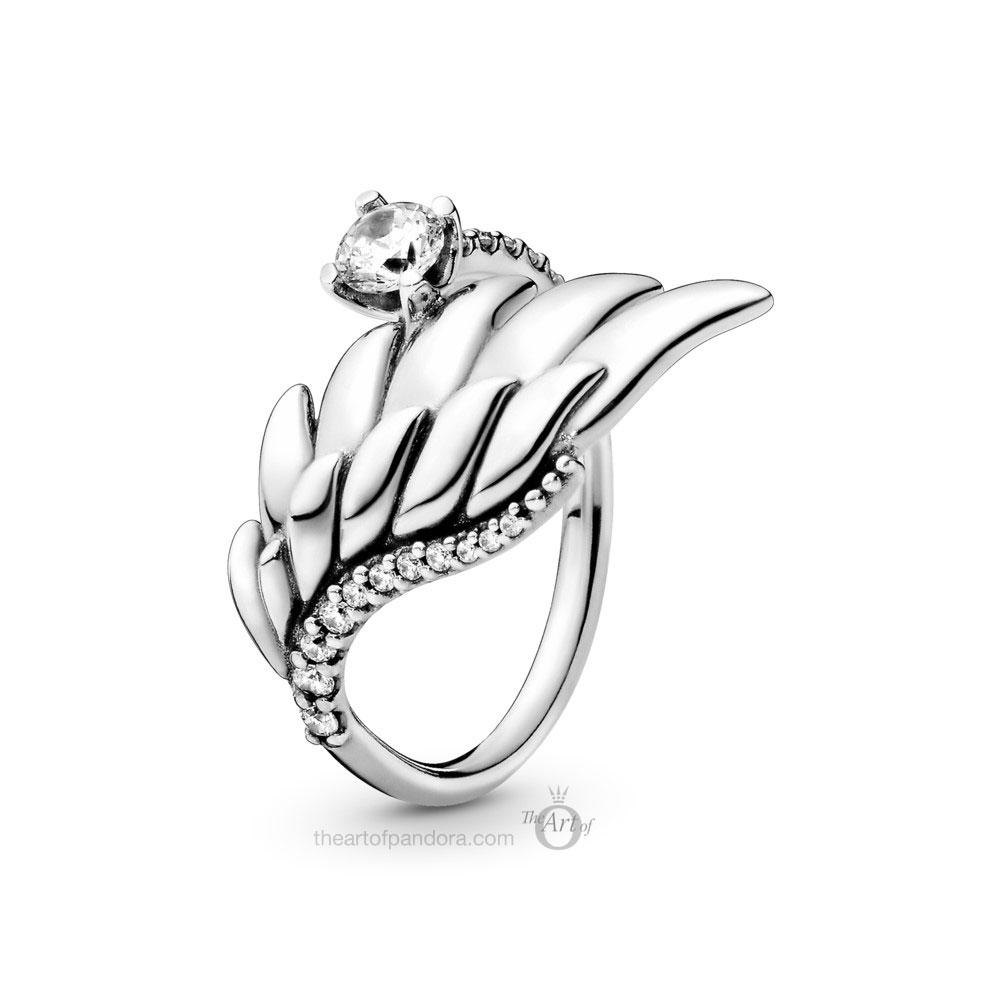 198519C01 Pandora Sparkling Angel Wing Ring