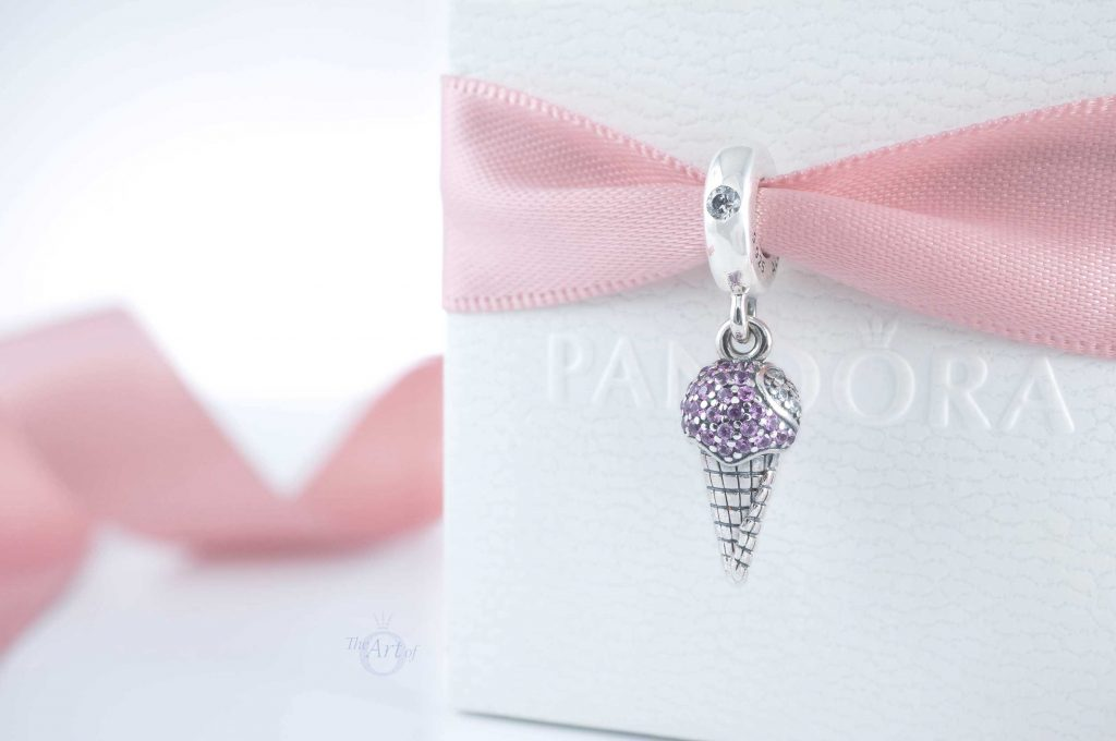 798801C01 Pandora Pavé Ice Cream Cone Dangle Charm summer spring 2020 new collection review blog blogger Star Wars harry potter disney winter