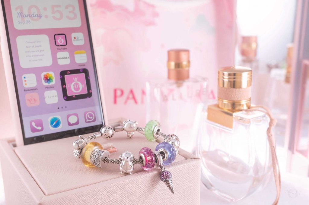 798801C01 Pandora Pavé Ice Cream Cone Dangle Charm summer spring 2020 new collection review blog blogger Star Wars harry potter disney winter stackers jewellery box