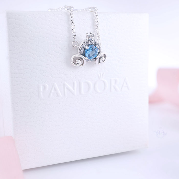 REVIEW: Disney x Pandora Cinderella Pumpkin Coach Collier Necklace ...