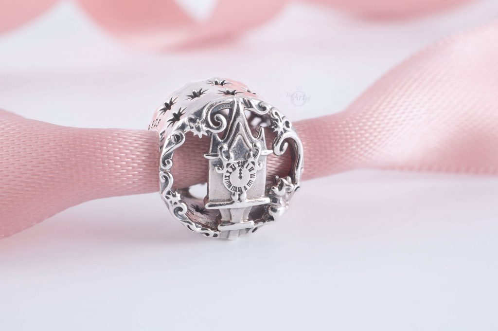 Disney x Pandora Cinderella Sparkling Carriage Charm (789189C01) Disney x Pandora Cinderella Midnight Pumpkin Charm (799197C00) winter 2020 new collection gwp free promotion 20% off Black Friday